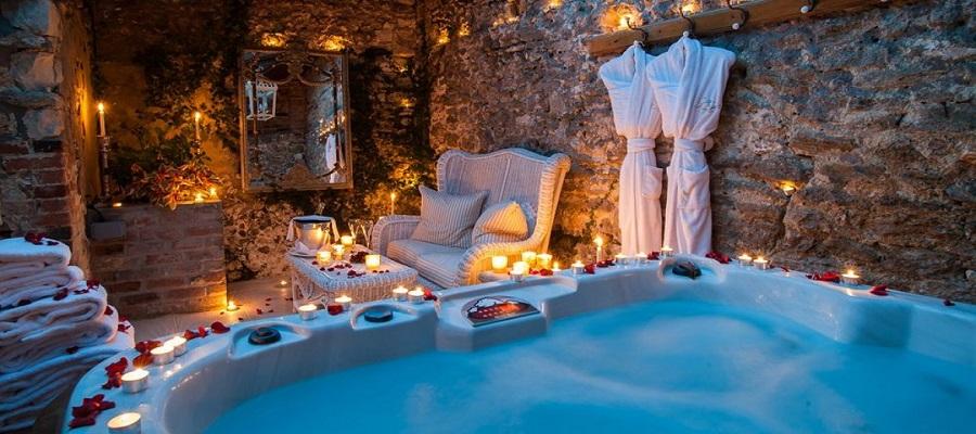 Hotéis com jacuzzi no quarto... Ideias para uma Escapadinha mais que romântica
