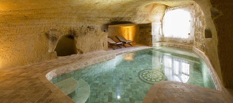Um hotel situado numa caverna histórica restaurada