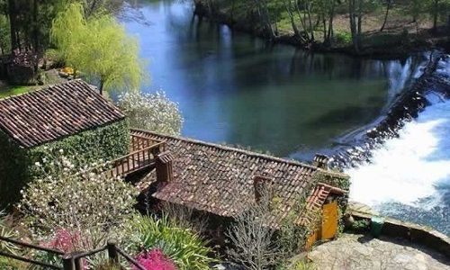Casas da Azenha Vilar de Mouros