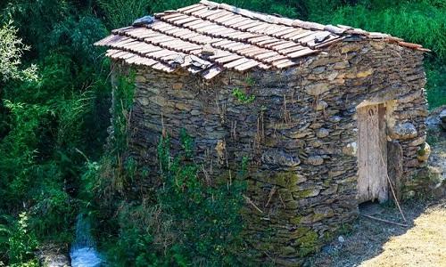 Aldeia de Vilarinho de S. Roque