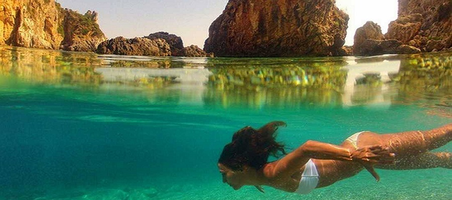 Gruta Cove