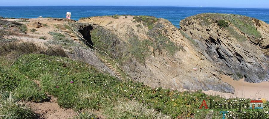 Praia do Cerro da Águia