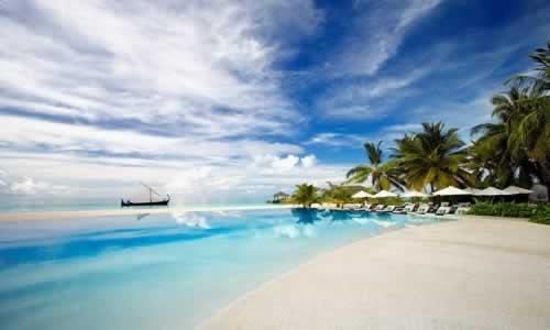 Resort Velassaru